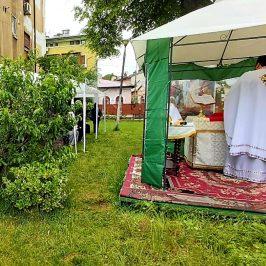 Dumnezeiasca Liturghie la ziua Sfinților Împărați Constantin și Elena